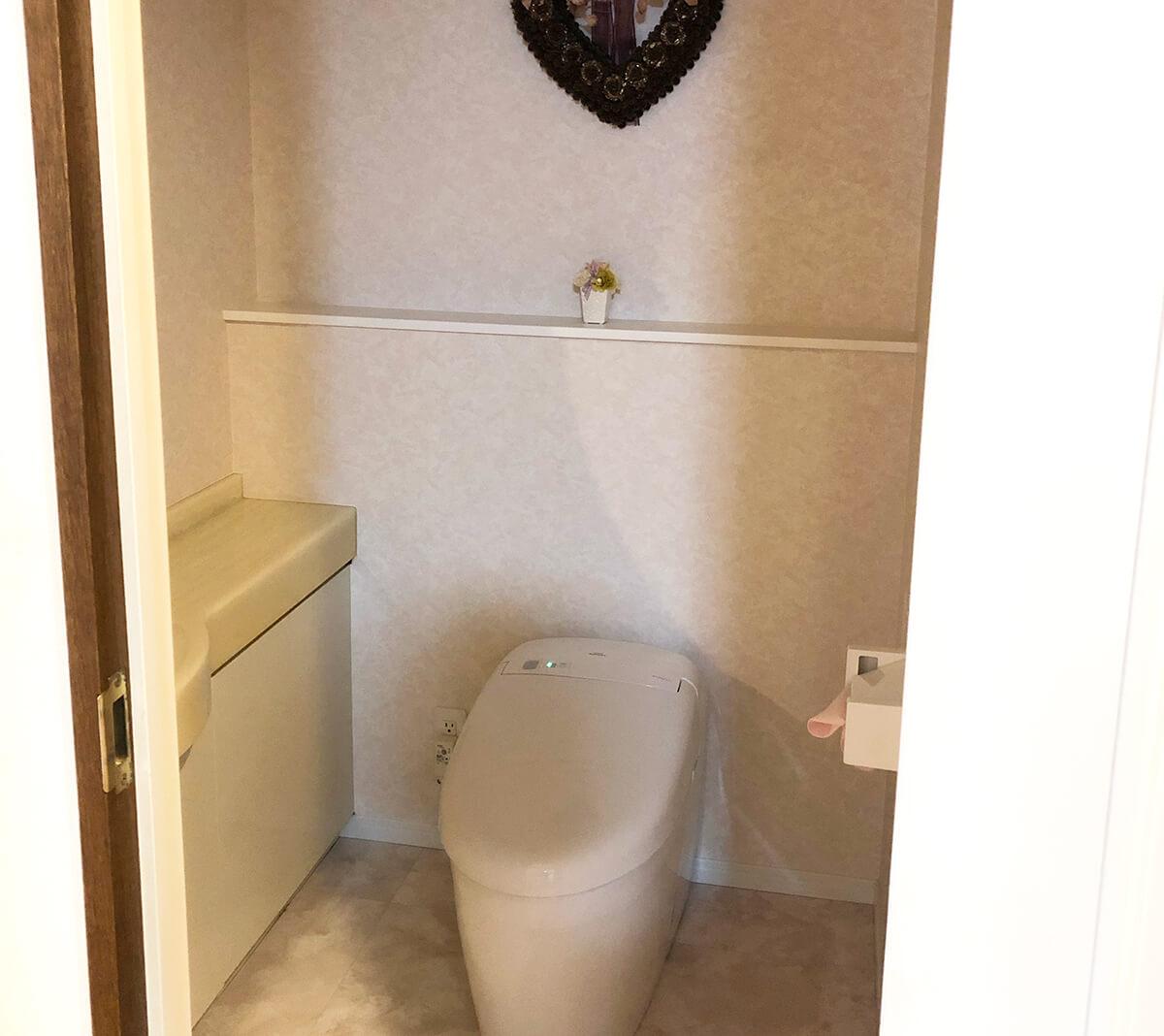 もちろん手洗い付きのトイレ