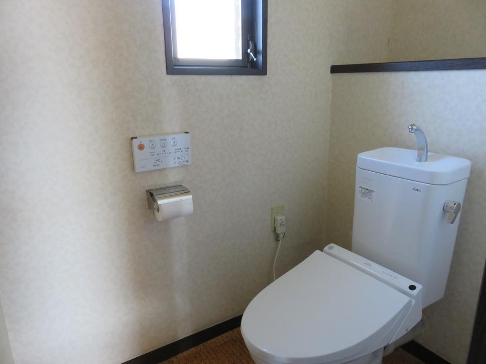 トイレ。新品。ラッキー。